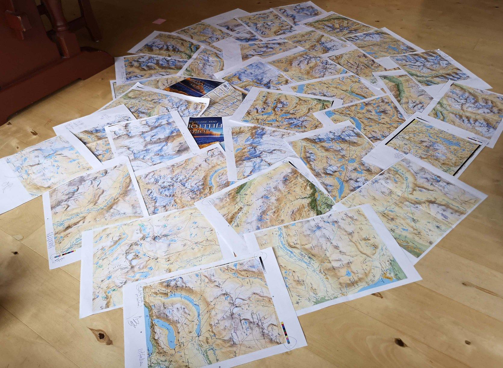Bilde fra Morten Helgesen fra forberedelsen av kartpakken fra Mesterkart